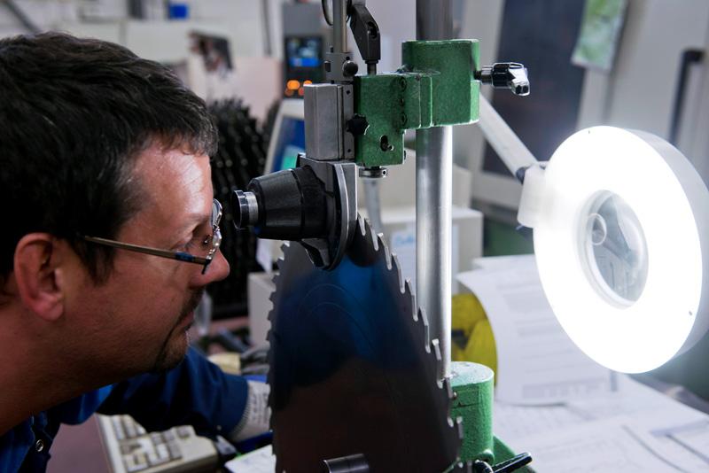Usine RBD, production de lames de scies circulaires a plaquettes carbure